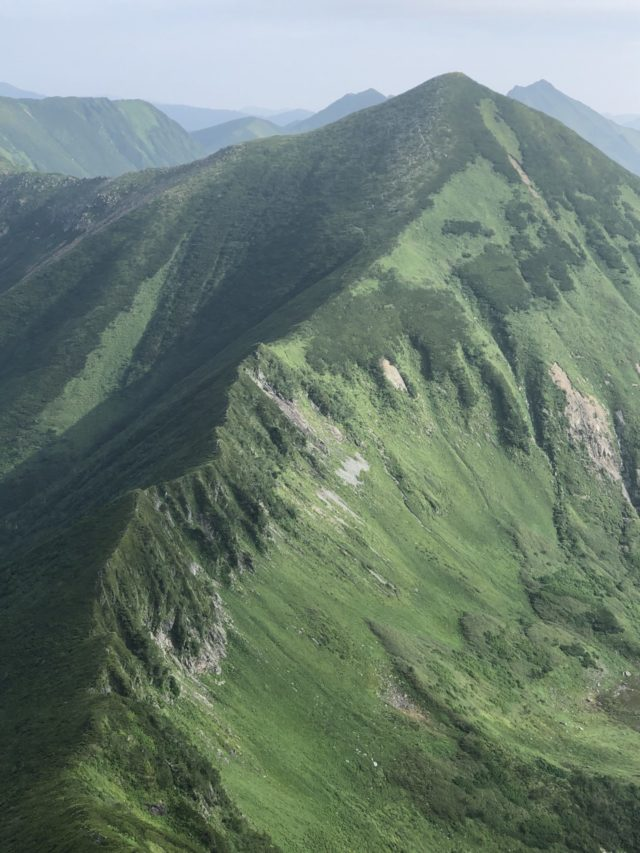幌尻岳-稜線beanse.work